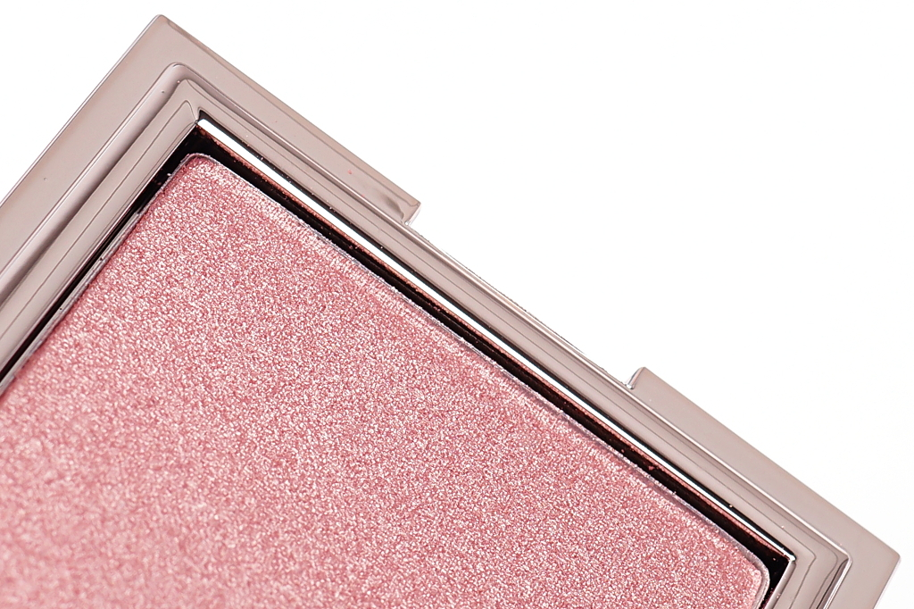 "<span style=""font-size: large;"">Jouer Cosmetics</span> <br>Powder Highlighter Rose Quartz"