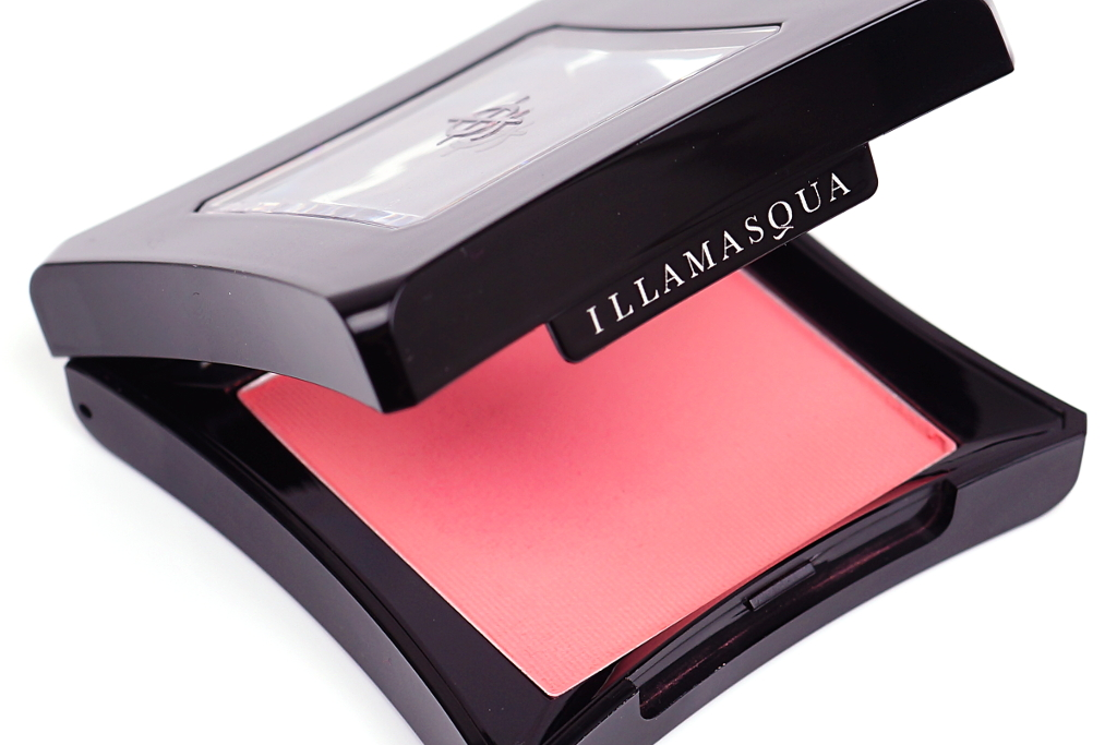 "<span style=""font-size: large;"">Illamasqua</span> <br>Powder Blusher Hussy"