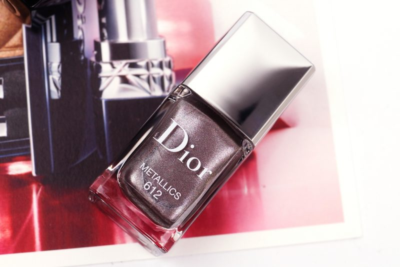 <span style='font-size: large;'>Dior Metallics Herbstkollektion 2017 </span><br />Rouge Dior Eccentric & Le Vernis Metallics