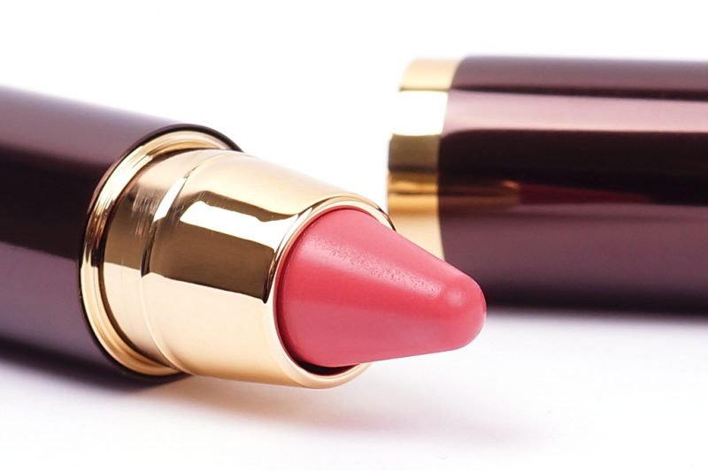 <span style='font-size: large;'>Girl Lip Stylo & Confession Ultra Slim High Intensity Refillable Lipstick</span><br />Hourglass Creator & I've kissed