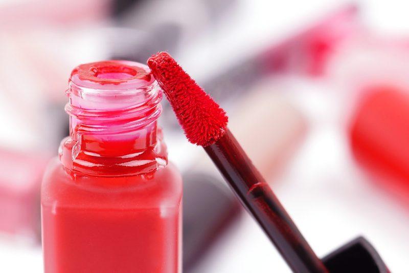 <span style='font-size: large;'>Von Armani bis YSL</span><br />10 Liquid Lipsticks im Vergleich