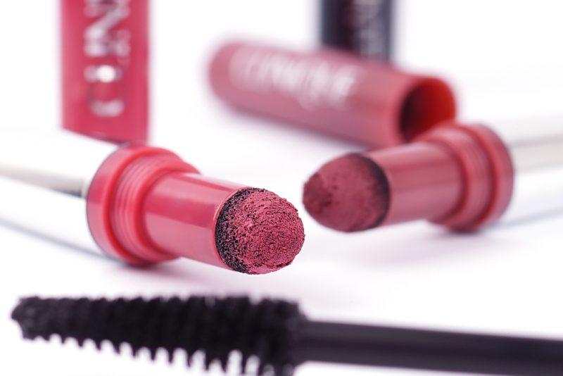 <span style='font-size: large;'>Neues von Clinique </span><br />Pop Lip Shadow Cushion Matte Lip Powder & High Impact Lash Elevating Mascara