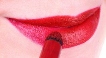 Clinique Red Velvet Lips Look