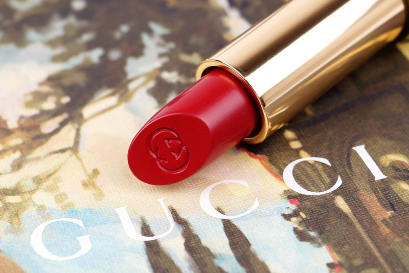 <span style='font-size: large;'>Sheer Lipstick </span><br />Gucci 630 Gerbera