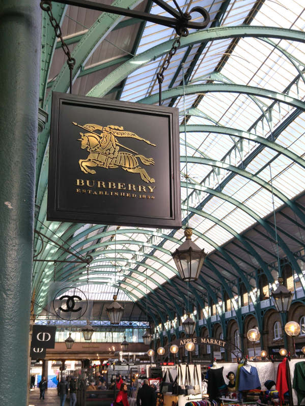 Burberry / Covent Garden Piazza