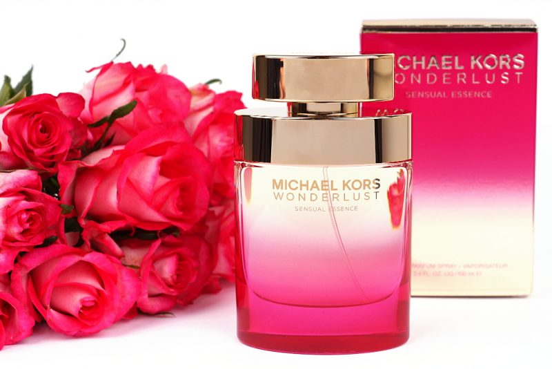 <span style='font-size: large;'>Michael Kors</span><br />Wonderlust Sensual Essence