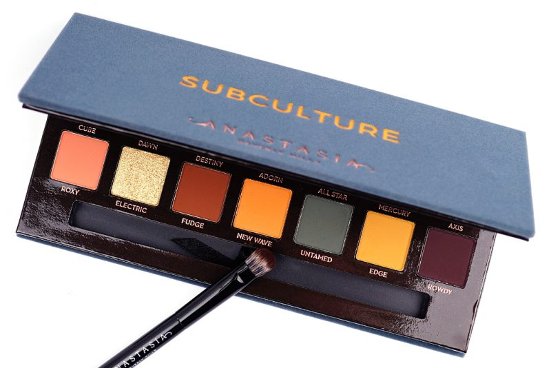 <span style='font-size: large;'>Anastasia Beverly Hills </span><br />Subculture Palette