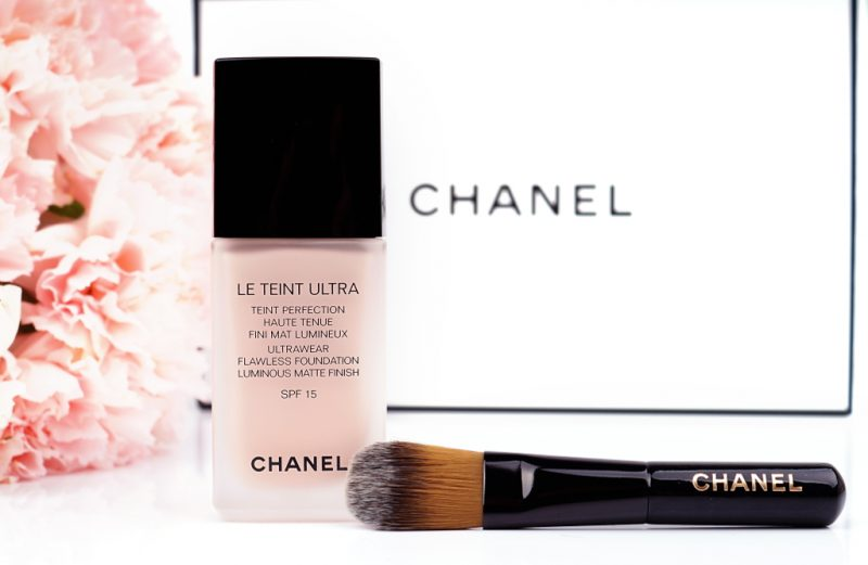 Chanel Le Teint Ultra Foundation 12