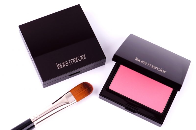 <span style='font-size: large;'>Laura Mercier </span><br />Blush Colour Infusion Strawberry & Peach