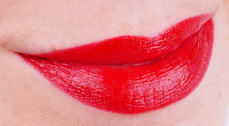 Clarins Joli Rouge Lacquer 742 Joli Rouge