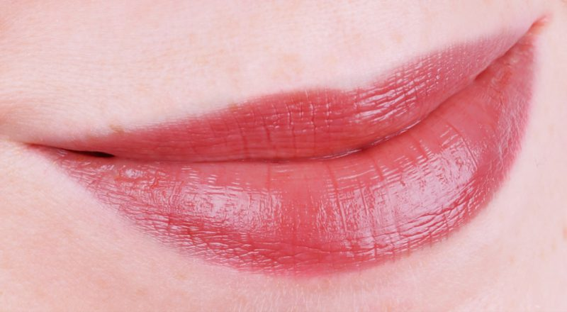 Chanel Rouge Coco Flash 212 Contraste
