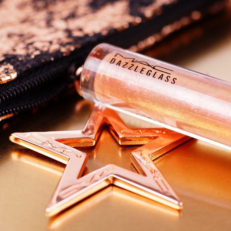 <span style='font-size: large;'>Weihnachtskollektion 2019 </span><br />MAC Sprinkle of Shine Kit Pink