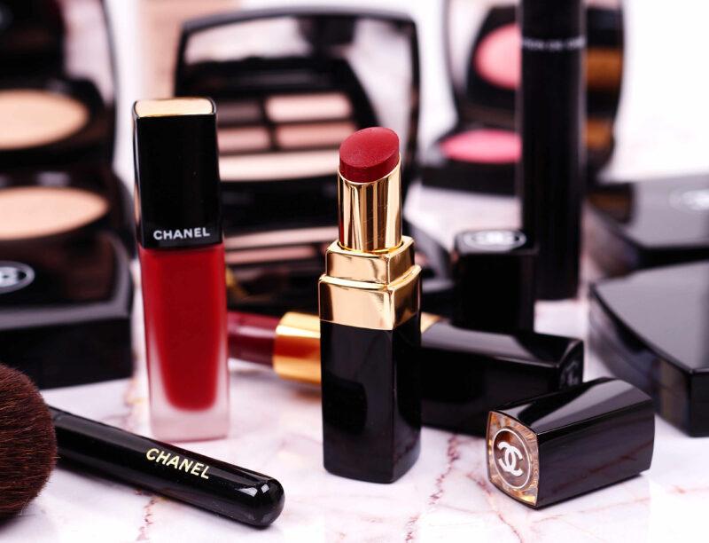 Rote Lippen dreimal anders mit Chanel